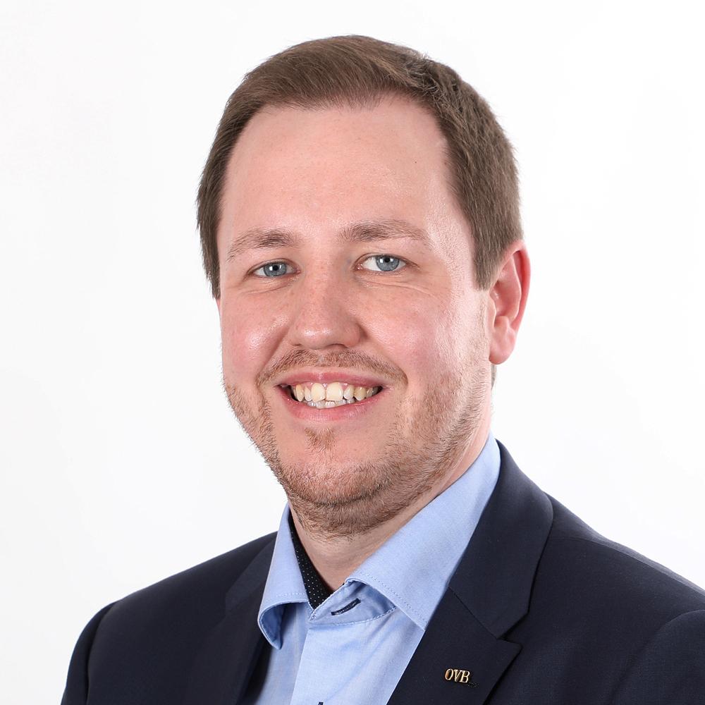 Robert Paul • Gewerbeversicherung Paderborn • Betriebshaftpflicht • OVB Daniel Uhlmannsiek • Finanzberater • Vermögensberater • Inhaltsversicherung • OVB Paderborn