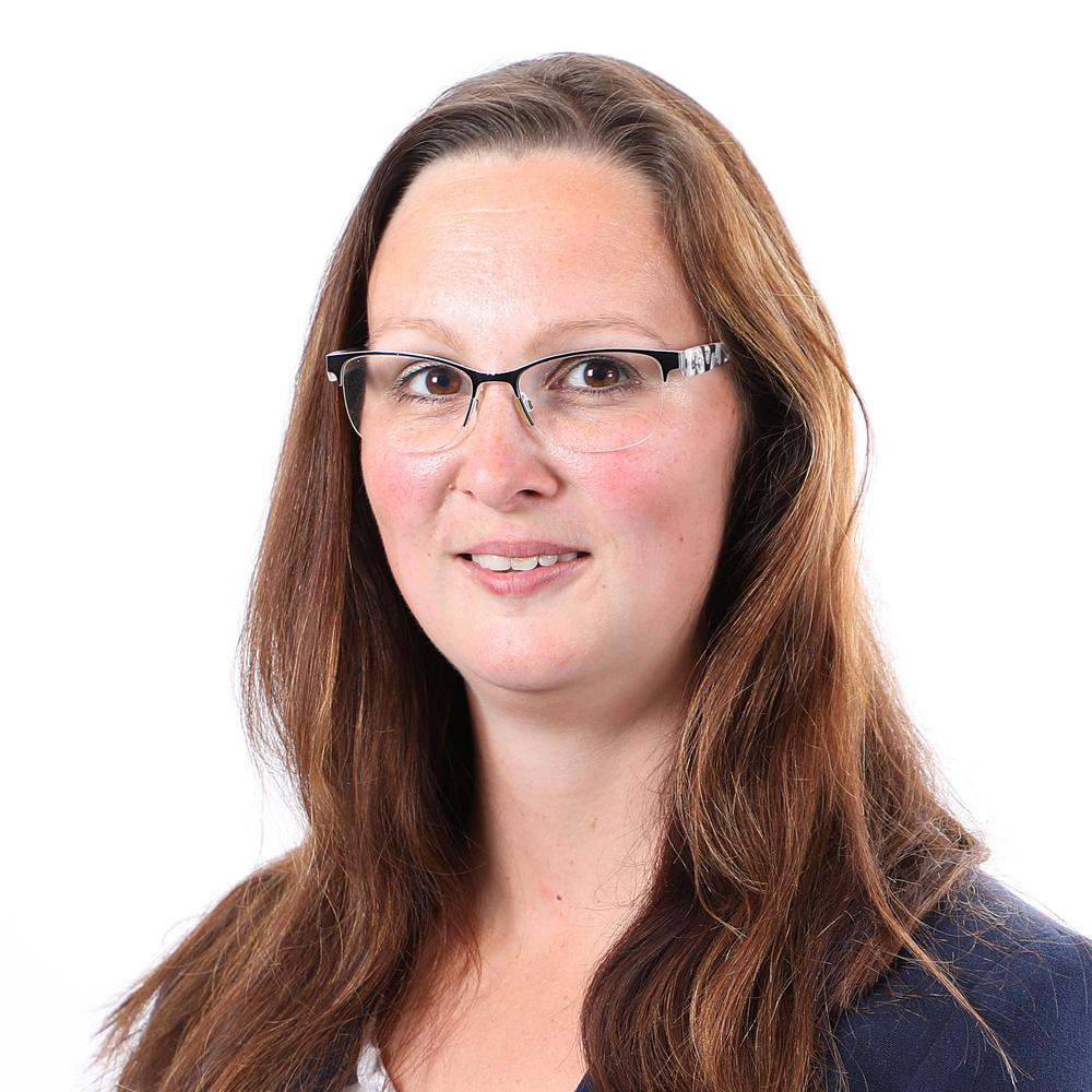 Romina Bönnighausen • Gewerbeversicherung Paderborn • Betriebshaftpflicht • OVB Daniel Uhlmannsiek • Finanzberater • Vermögensberater • Inhaltsversicherung • OVB Paderborn